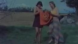Живописный старый зоо кинофильм с ручными животными